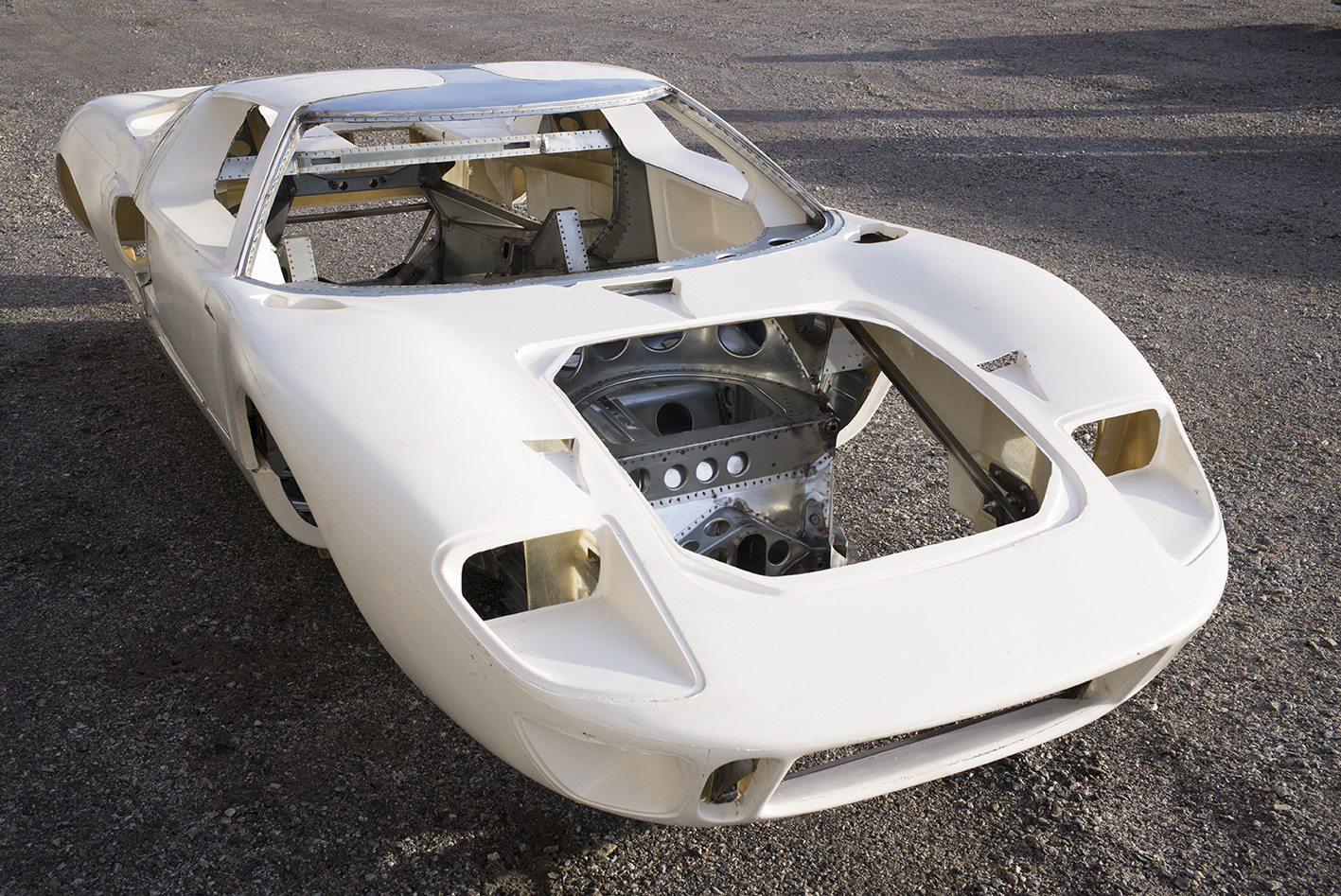 Ford Gt 2017 >> GT40 Monocoque Chassis – Building and Racing a Legend
